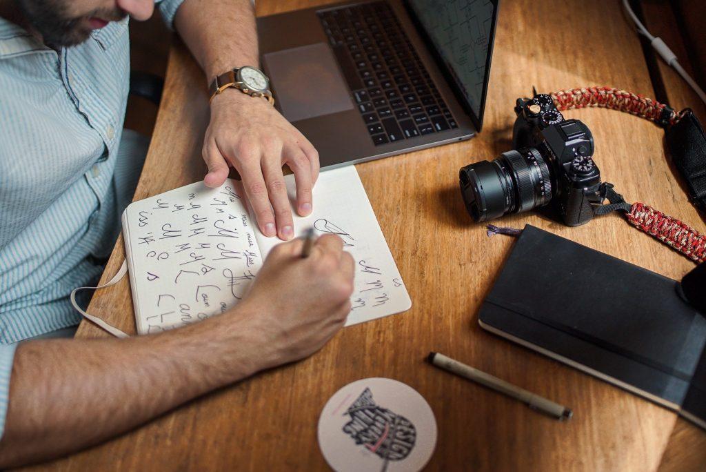 Graphic Design-Logo Design-Planning-Studio-Designer-Drawing-Micron Pens-Stock Photo-article