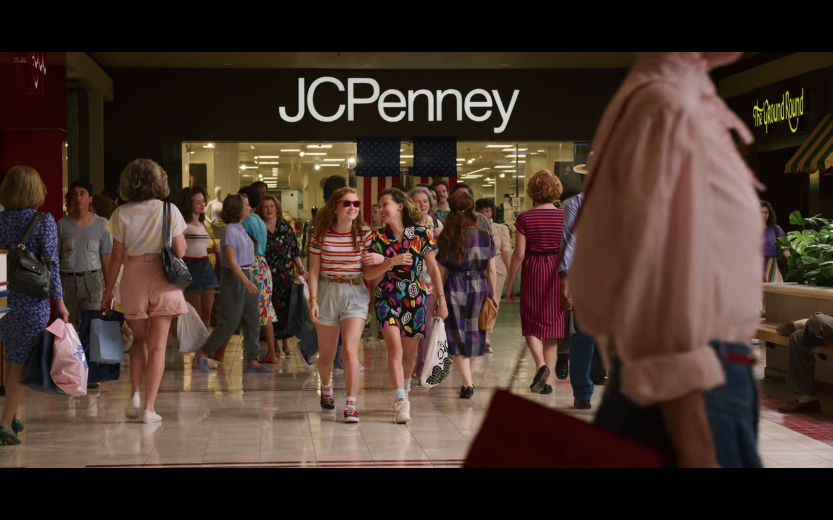 JCPenney 80s logo in Stranger Things 3