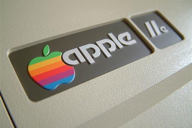 apple 70s logo